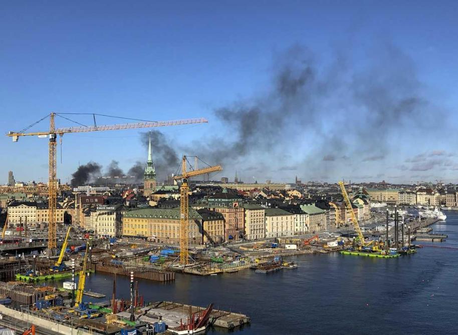 Un bus explose en plein centre-ville de Stockholm — Suède