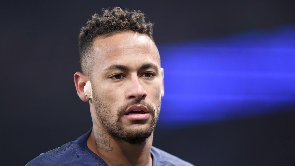 L'UEFA ouvre une enquête — Neymar