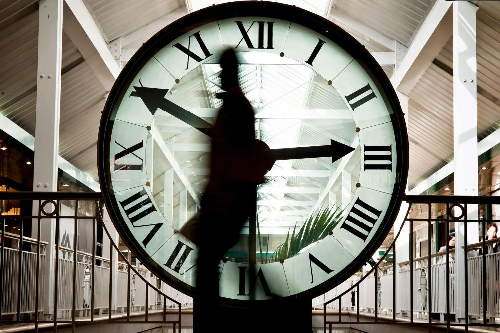 Le Parlement européen approuve la suppression du changement d'heure en 2021