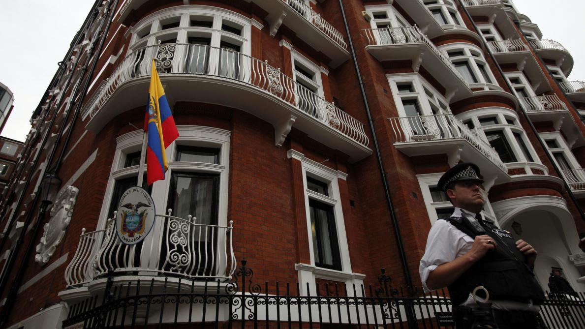 : Arrestation d'Assange: Snowden dénonce un «jour sombre pour la liberté de la presse»