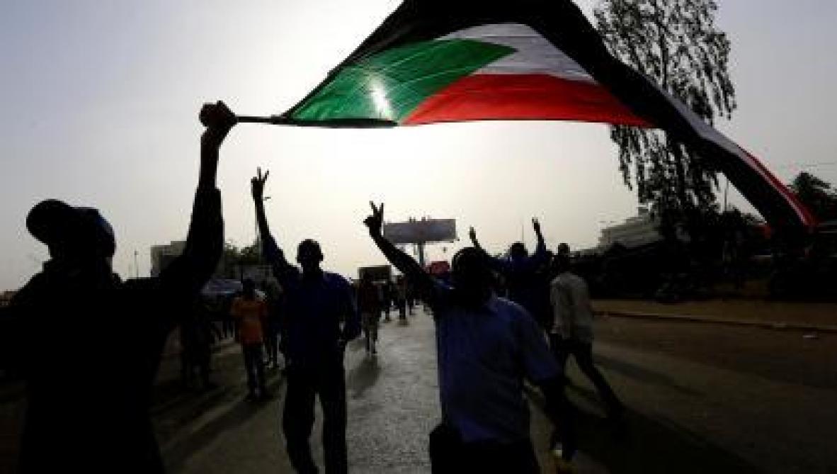 : Soudan: le président Béchir destitué par l'armée et arrêté