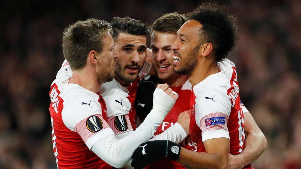 : L'Europa League en direct: Arsenal domine Naples et Mertens (2-0), Chelsea à Prague avec Hazard sur le banc (0-0)