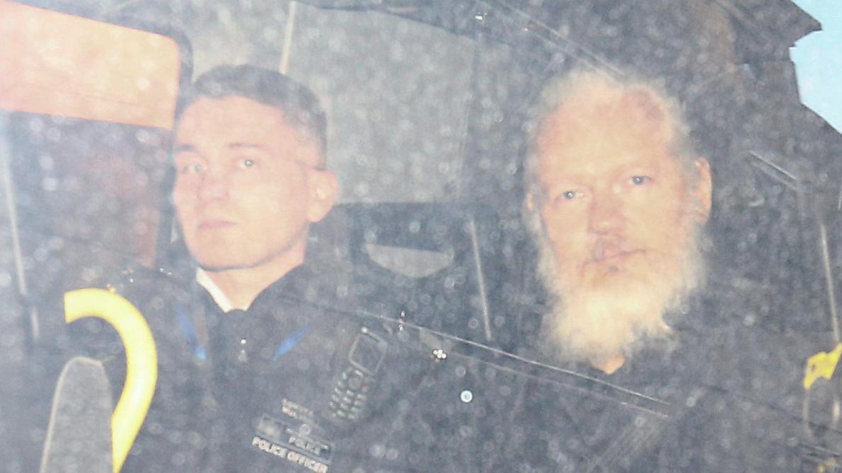 Julian Assange se dit prêt à coopérer avec les autorités suédoises