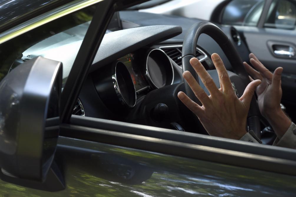 Voiture autonome: la conductrice et Uber blâmés pour un accident mortel