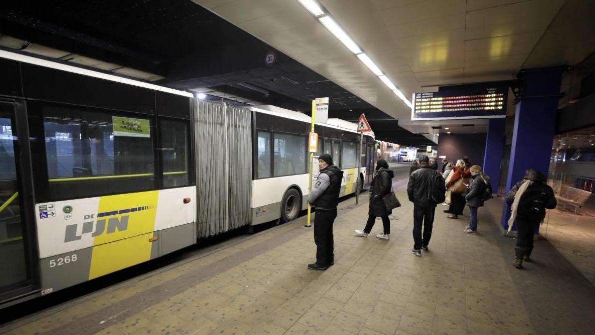 Bruxelles: les bus de De Lijn repasseront par la gare du Nord dès lundi matin