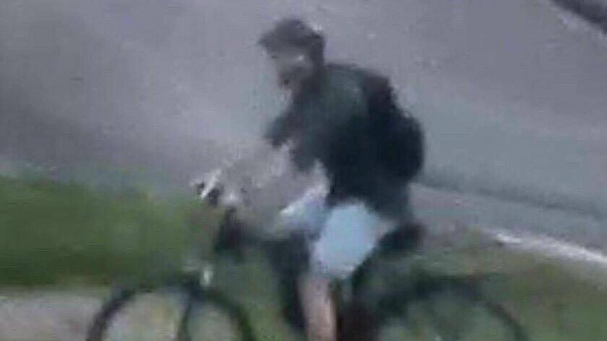 Explosion à Lyon: la police diffuse de nouvelles photos du suspect