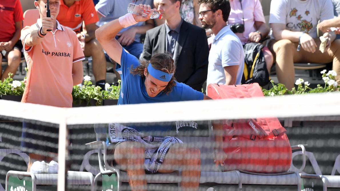 Roland Garros: La pluie interrompt Nadal et Federer