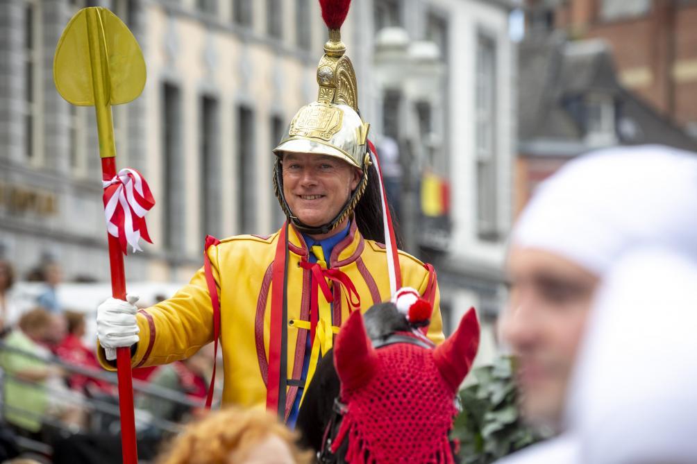 Les festivités du Doudou battent leur plein à Mons (images et vidéos)