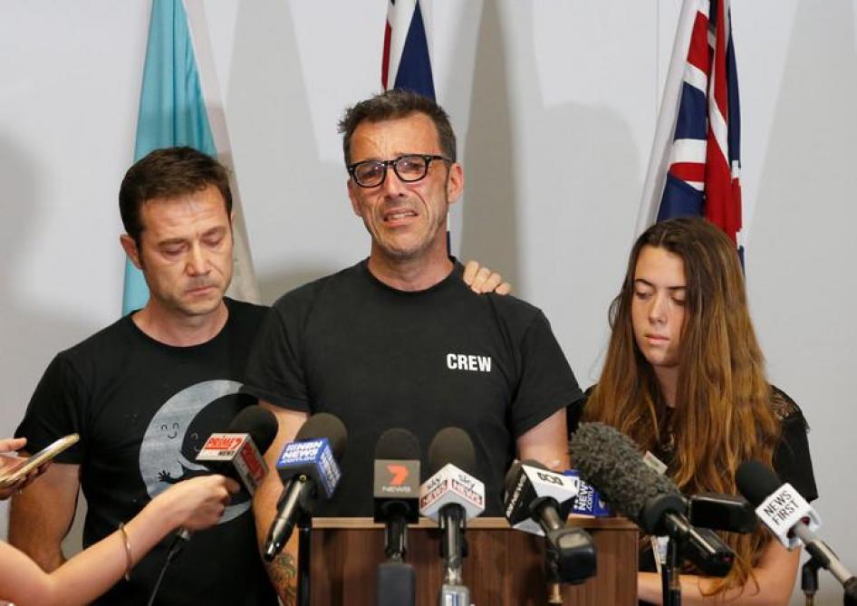 Disparition de Théo Hayez en Australie: WhatsApp répond à l'appel de son père