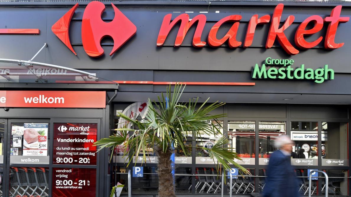 Carte Carrefour Belgique.Carrefour Annonce L Ouverture De Cafes Dans Plusieurs