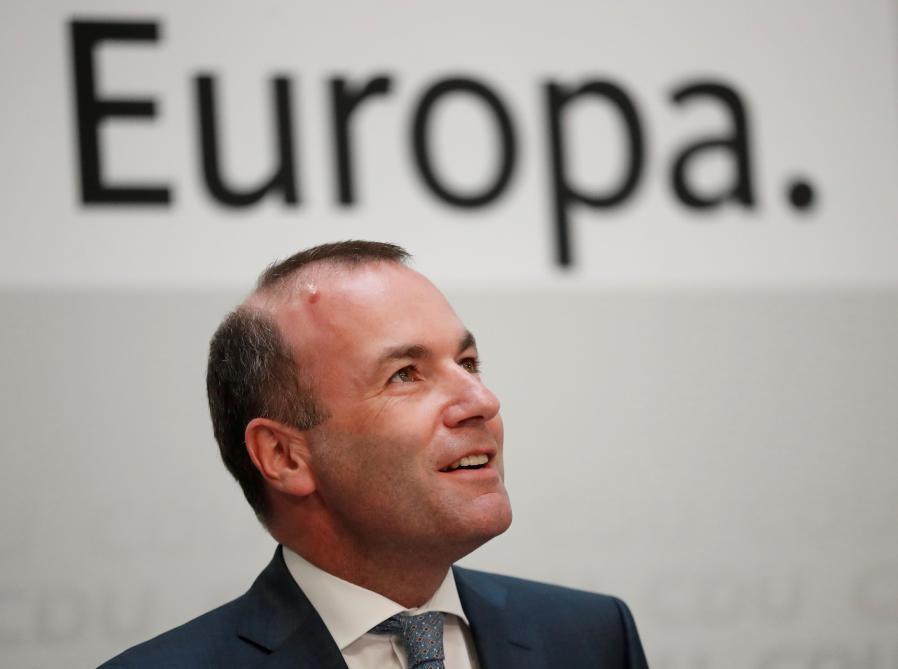 UNION EUROPÉENNE Laborieuse succession de Juncker