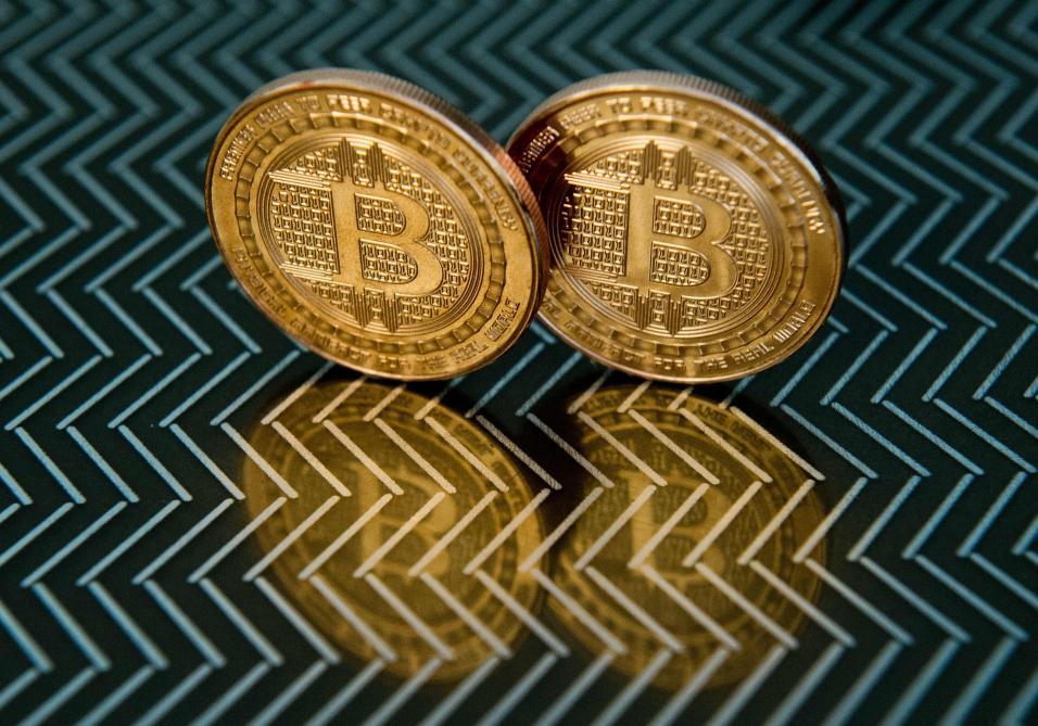 Le bitcoin repasse au-dessus des 11.000 dollars