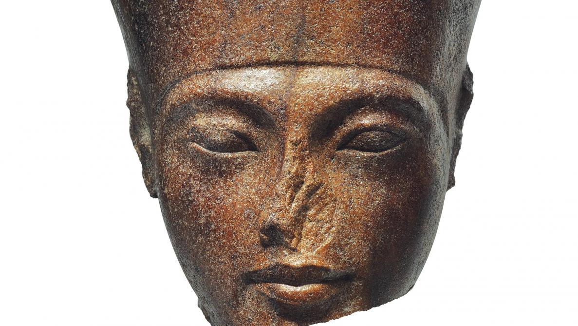 Un portrait sculpté de Toutânkhamon aux enchères