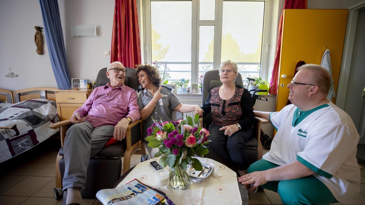 Cinq experts: «La maison de repos est un modèle dépassé» - Le Soir