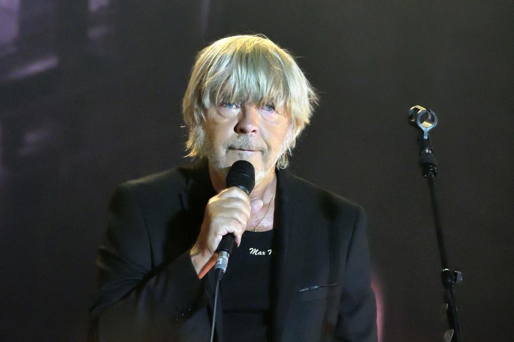Renaud sortira son prochain album cet automne