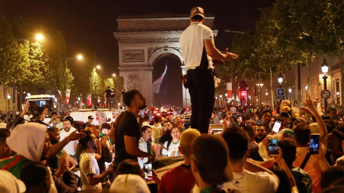 Incendies, projectiles, gaz lacrymogènes…: violents heurts suite à la victoire de l'Algérie en France