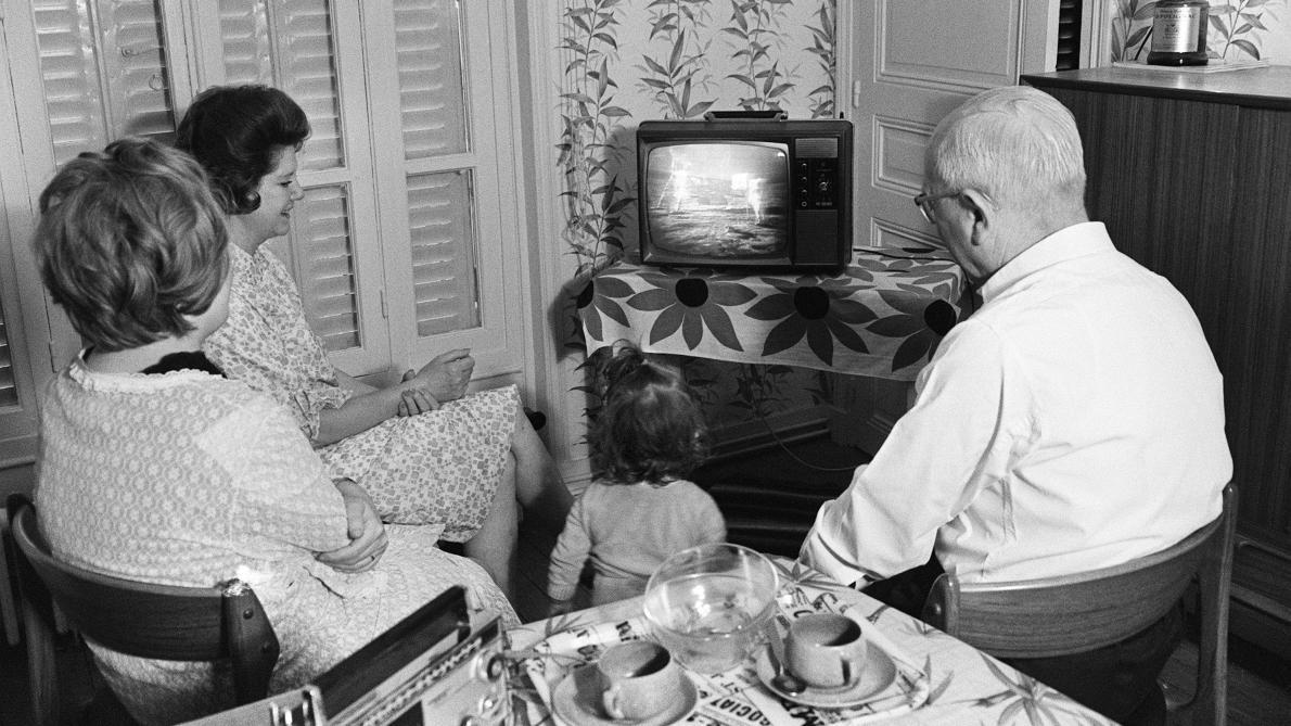 La mission Apollo XI: un grand pas pour l'histoire de la télé (et des fake news)