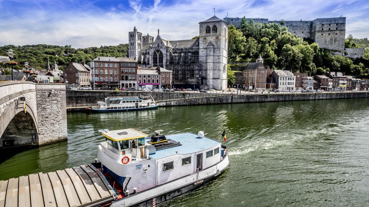 Bienvenue en Wallonie: Huy, ville d'histoire nichée entre deux rives