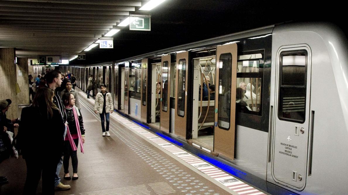 Un concert secret dans le métro bruxellois - Voyage