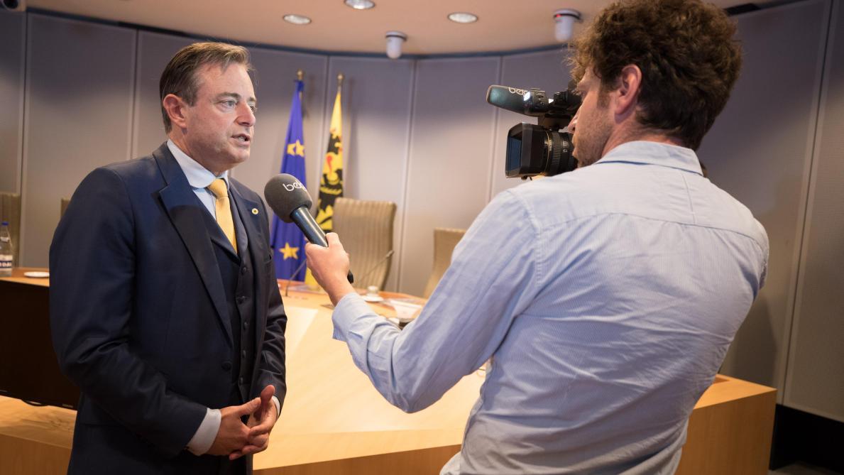 Quand De Wever (N-VA) dit tout et son contraire. Florilège.