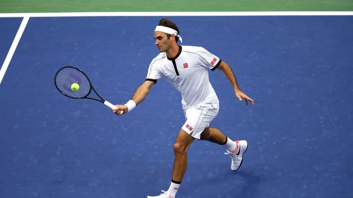 US Open: Roger Federer concède un set mais avance au 3e tour