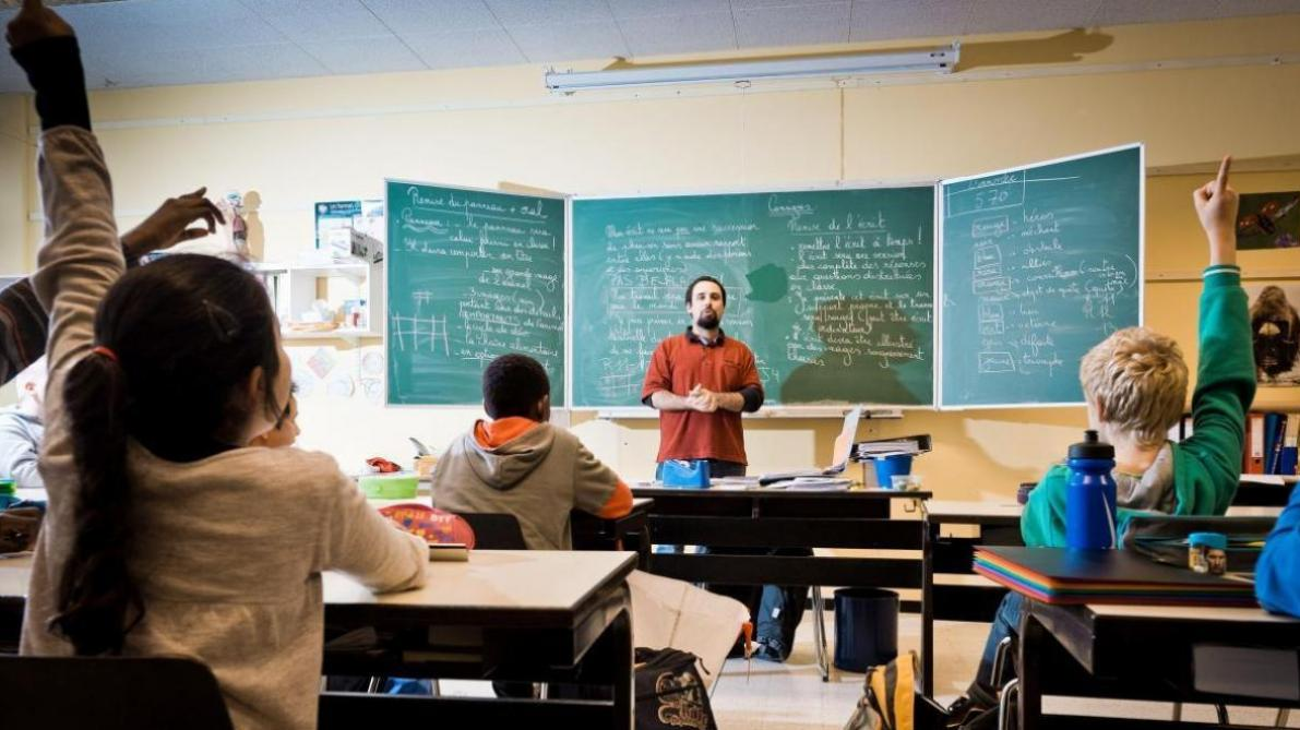 Frais de déplacement: la Fédération Wallonie-Bruxelles doit des millions aux écoles