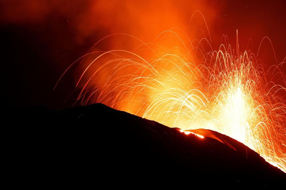Les gardiens de volcans, entre Etna et Stromboli, entre lave et lapilli