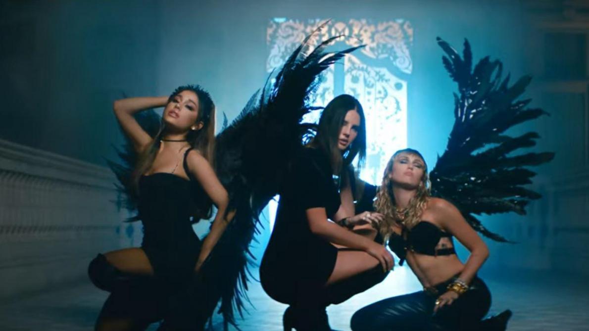 Un nouveau vidéoclip qui réunit Ariana Grande, Miley Cyrus…