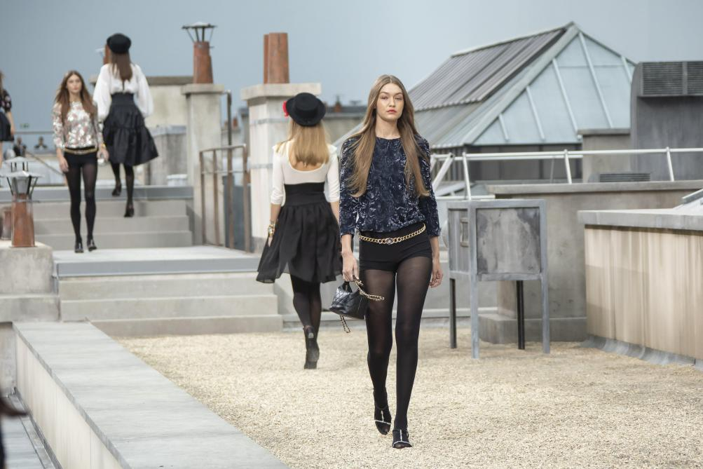 Marie S'infiltre s'incruste au défilé Chanel