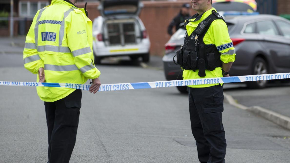 Manchester: une attaque au couteau fait 4 blessés