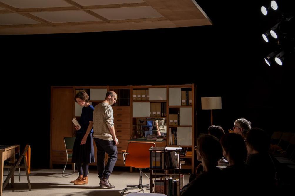 Théâtre: vol longs courriers aux Tanneurs