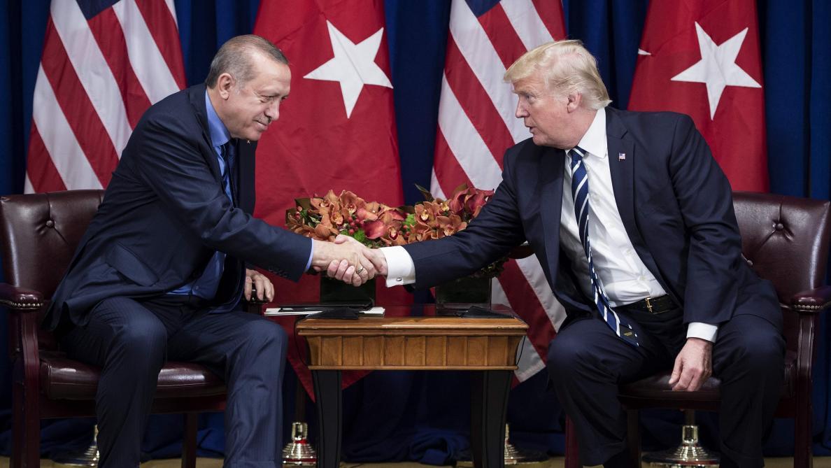 Pence arrache une trêve à Erdogan — Offensive turque