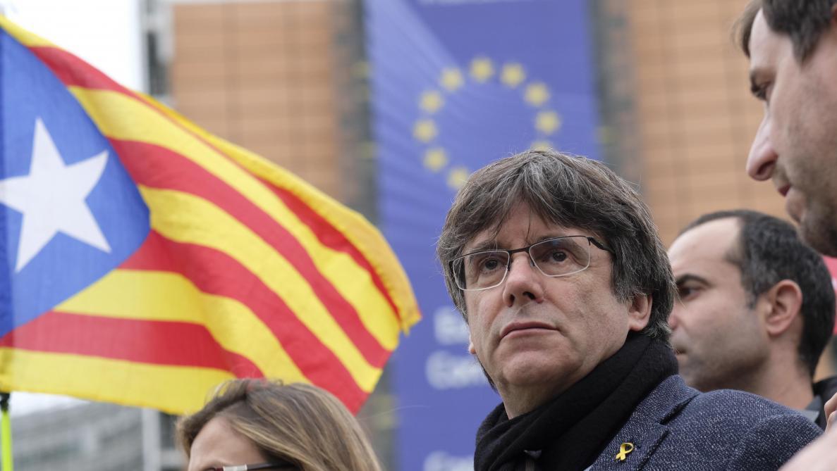 Le parquet de Bruxelles a reçu le mandat d'arrêt européen contre Puigdemont