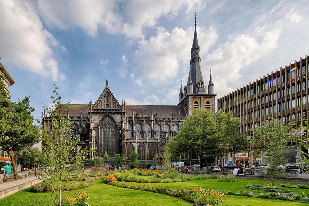 Londres: une femme inculpée pour un projet d'attentat contre la cathédrale Saint-Paul