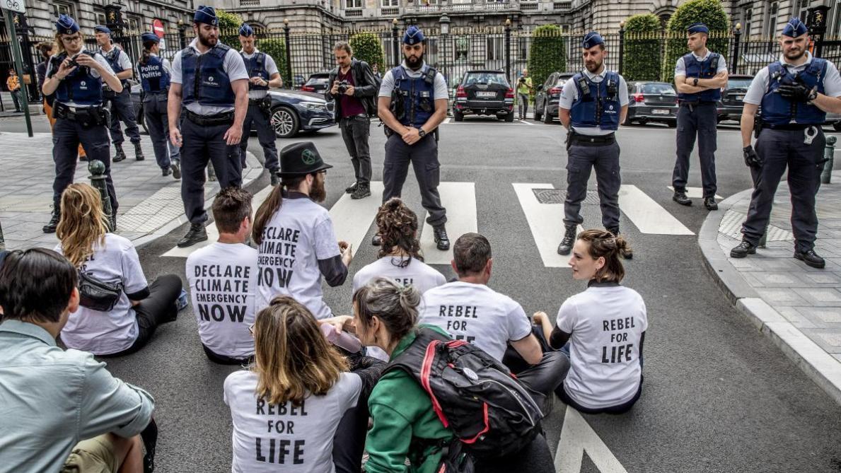 Bruxelles: une manifestation lundi à la suite des violences policières à l'encontre d'Extinction Rebellion