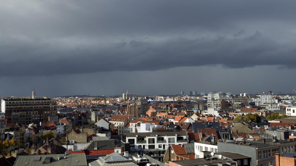 Le ciel nous tombe sur la tête: les prévisions météo région par région