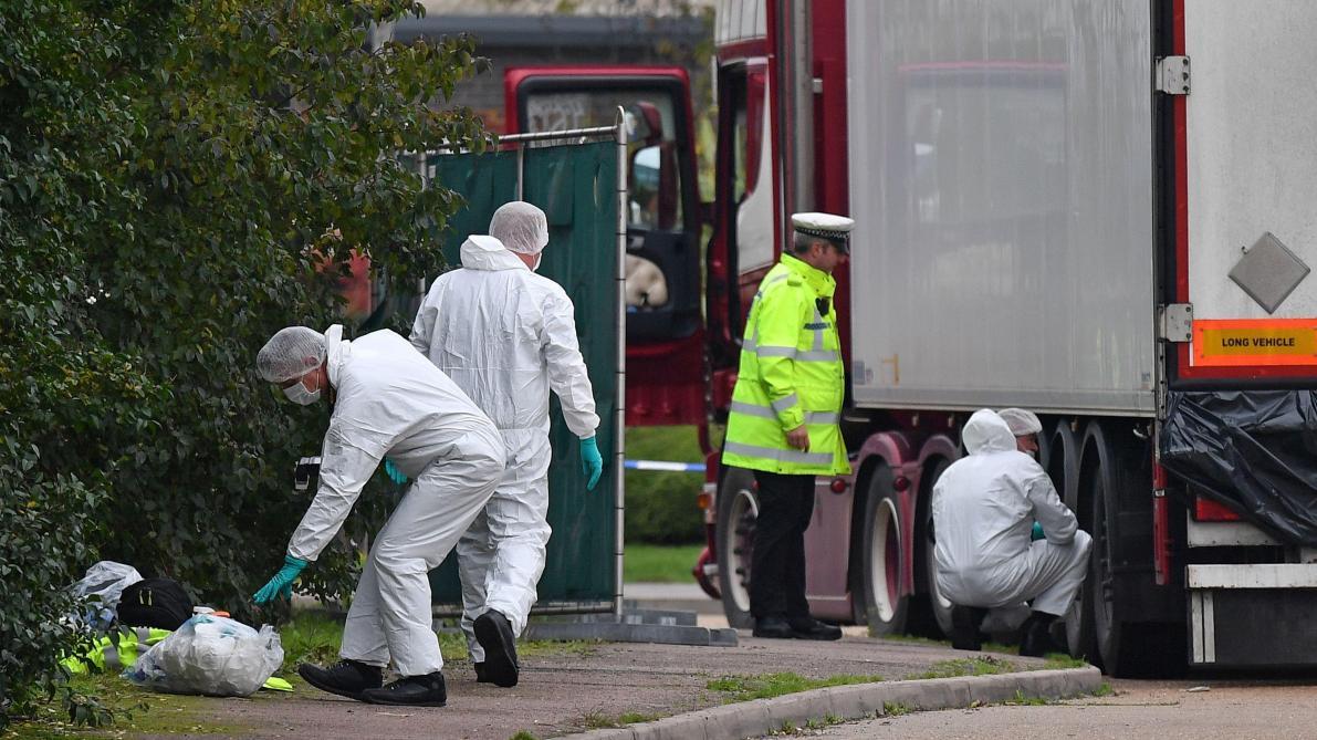 La Belgique ouvre une enquête après la découverte de 39 corps dans un camion qui a transité par Zeebruges