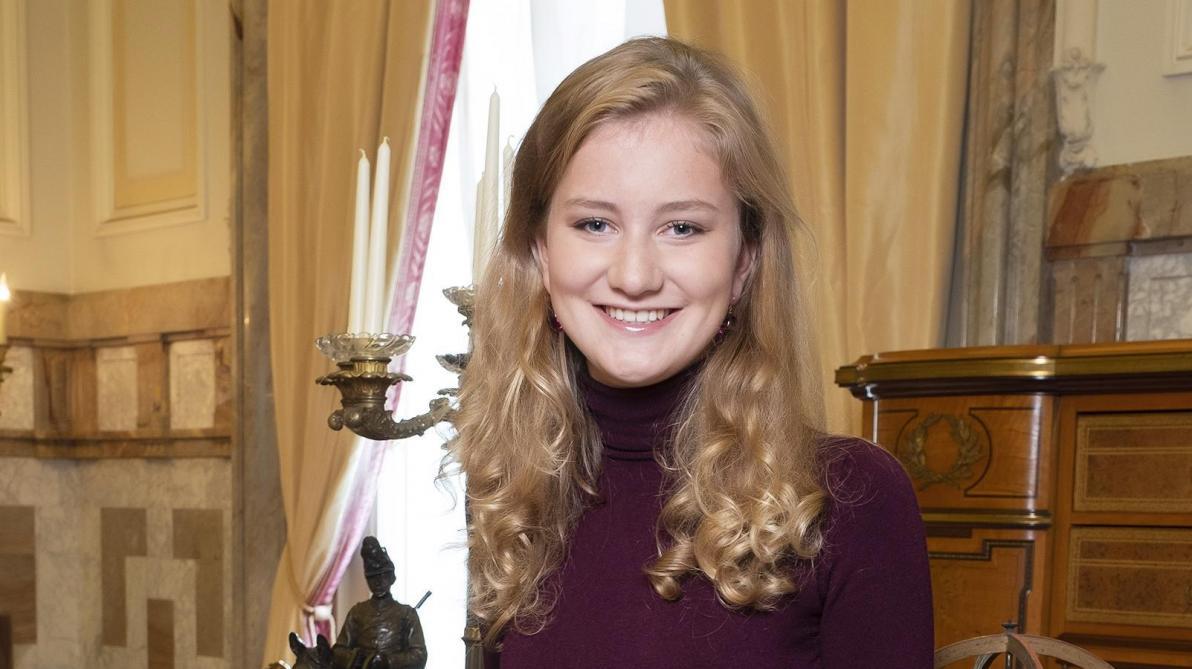 La noblesse aussi fête les 18 ans d'Elisabeth