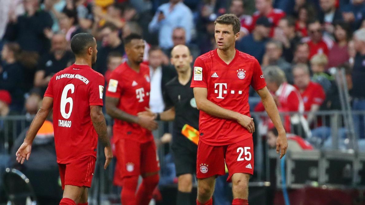 Poussif, le Bayern prend provisoirement la tête