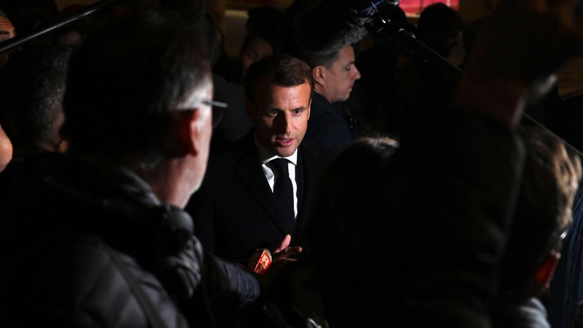 Incendie de Lubrizol: Macron hué à Rouen par des manifestants qui réclament sa démission (vidéos)