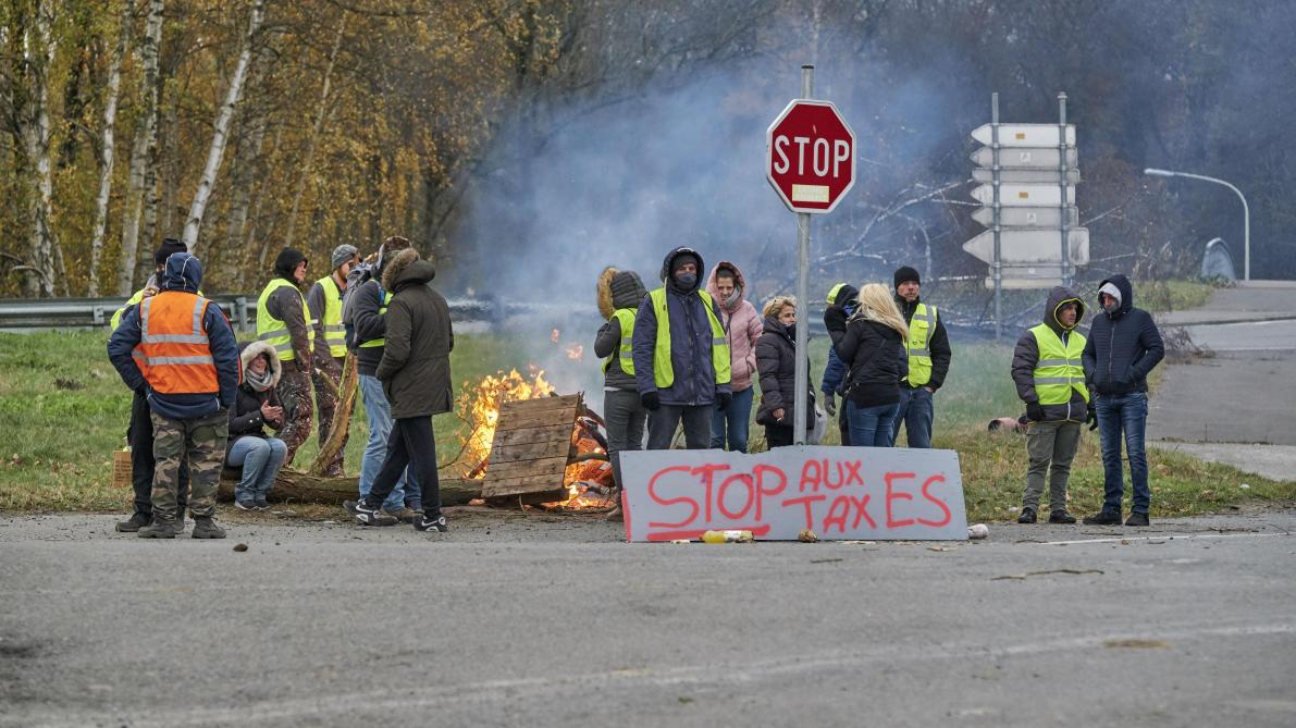 Les gilets jaunes se mobilisent en Belgique pour l'anniversaire du mouvement