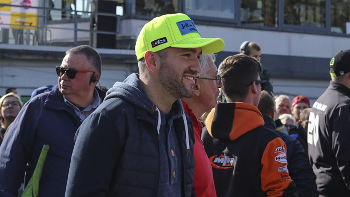 MotoE: Xavier Siméon chute à Valence, Matteo Ferrari premier vainqueur de la Coupe du monde - Le Soir