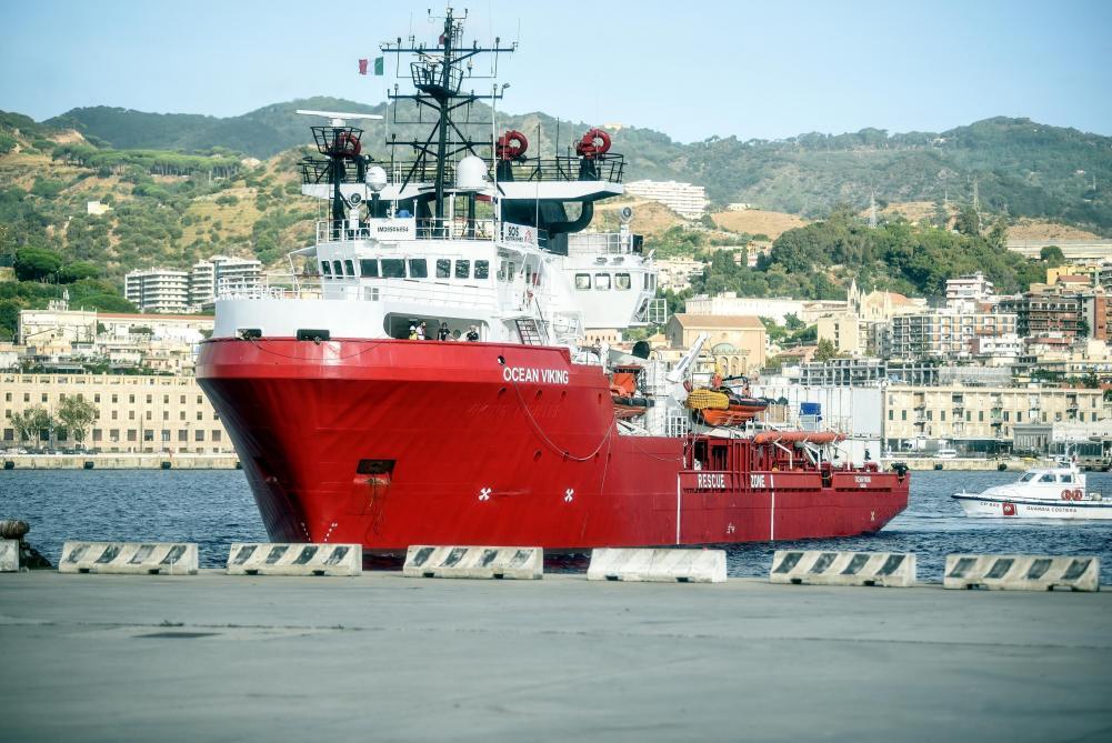 Asile et migration: l'Ocean Viking récupère 94 personnes