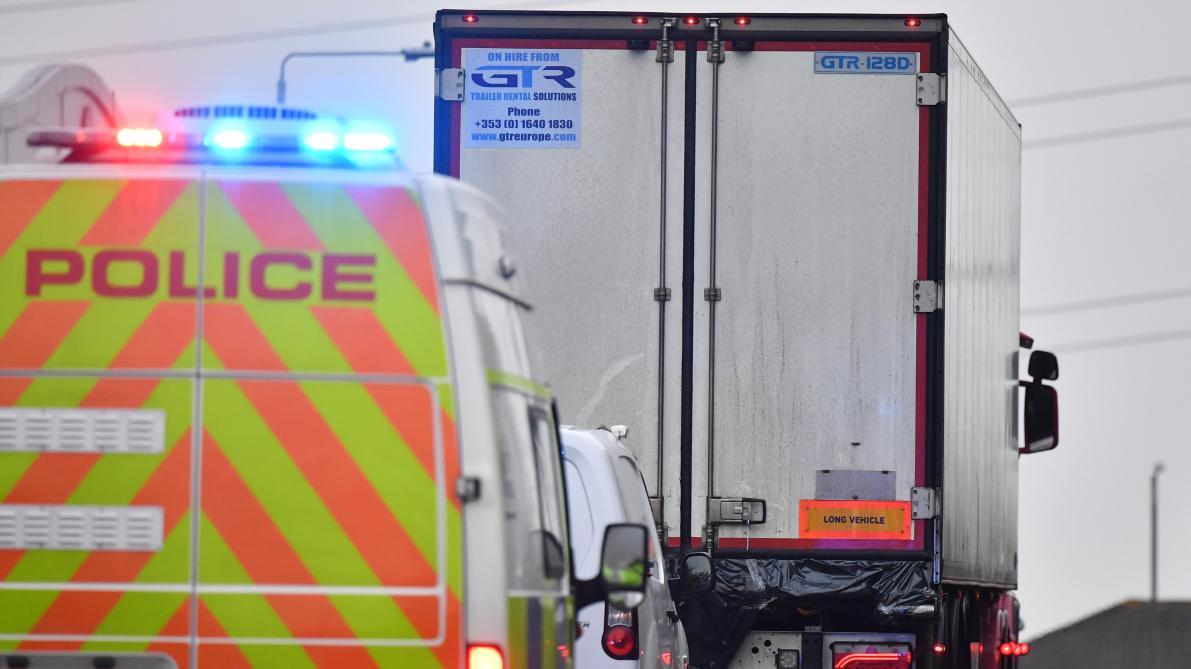 Camion de l'horreur au Royaume-Uni: un homme de 23 ans inculpé