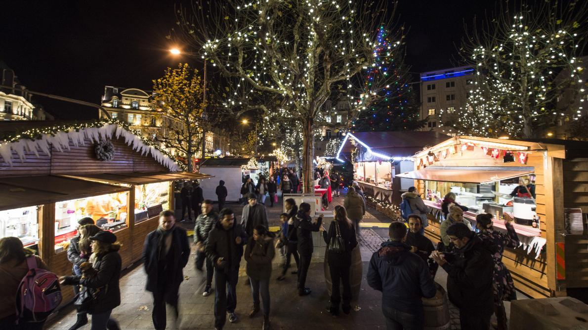 Un enfant meurt après avoir été percuté par une sculpture de glace dans un marché de Noël — Luxembourg