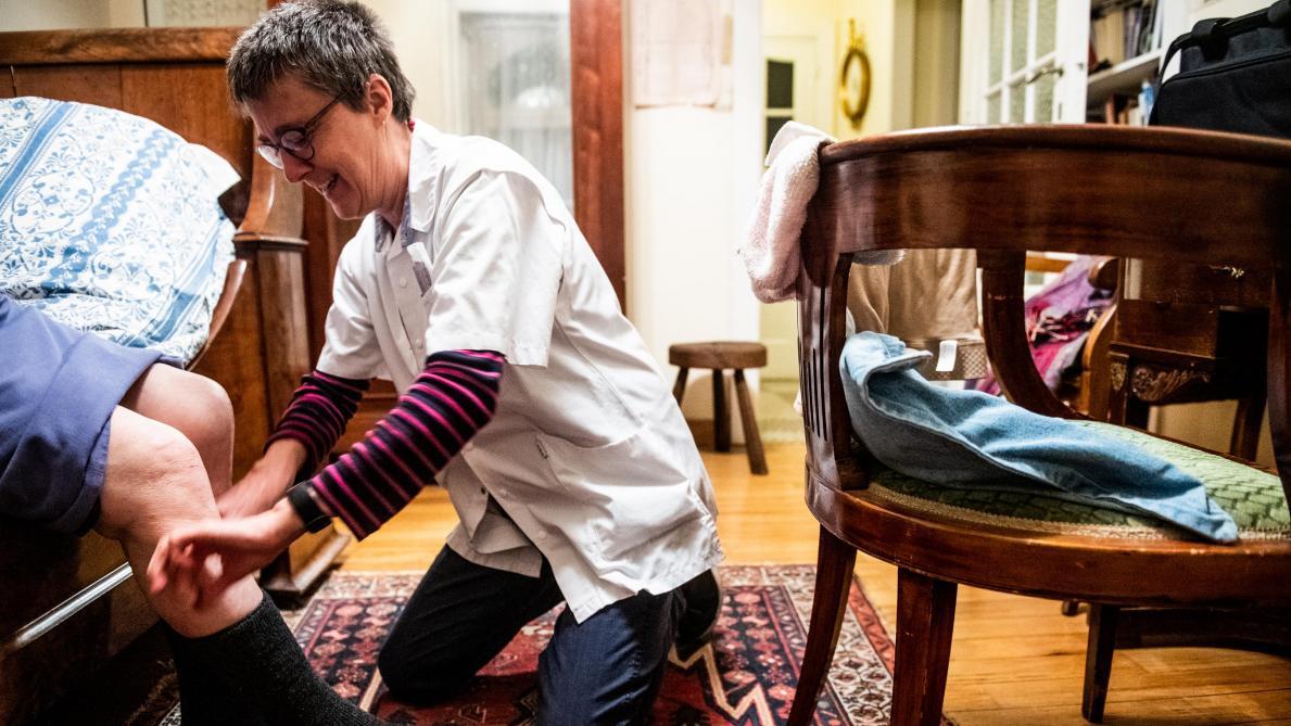 Grand format - Les dix plaies des infirmières à domicile - Le Soir
