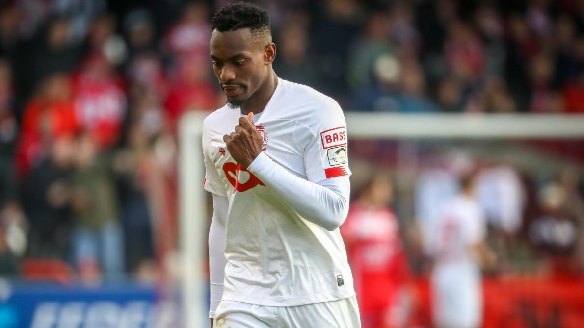 Mpoku suspendu 4 matches dont 2 avec sursis: le joueur du Standard ratera le Clasico face à Anderlecht