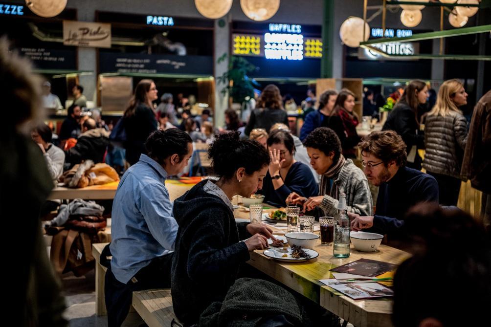 Succès de foule pour l'ouverture de «WOLF», un foodmarket à Bruxelles (photos et vidéo)