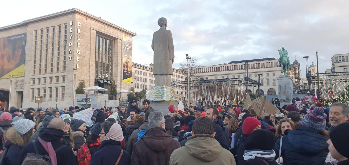 Les Sardines sont à Bruxelles pour dénoncer le populisme (photos)