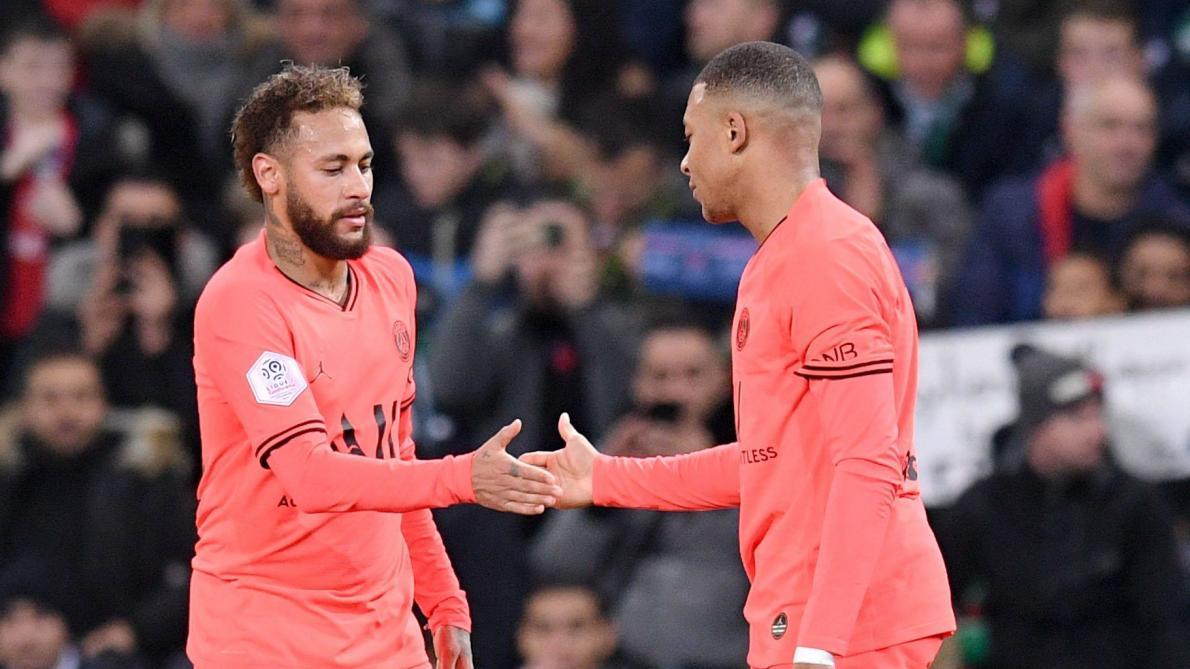 Ligue 1: le PSG étrenne son titre de champion d'automne en gagnant 4-0 à Saint-Etienne